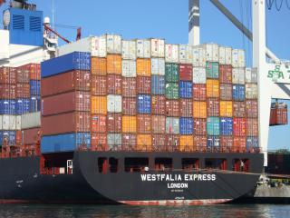 Containers by Flickr user Jim Bahn