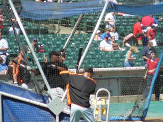 Bonds in the cage by Flickr user jimcchou
