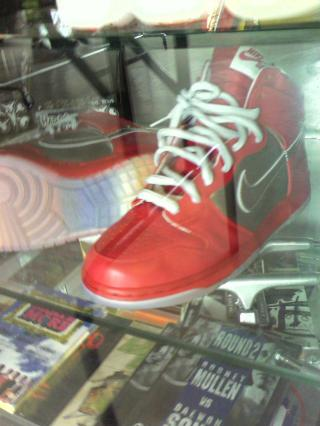 Rival_mork and mindy dunks 2 by Flickr user T.Young