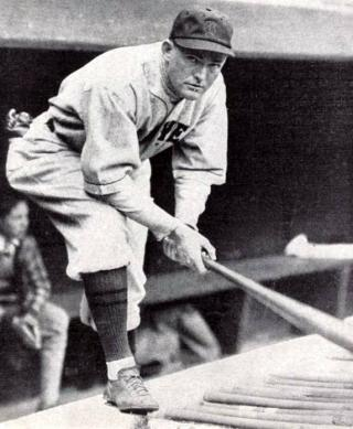 Rogers_Hornsby_1928.jpg by Freebase