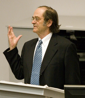 2007_Giovanni_Arrighi_lecture_in_South_Africa.jpg by Freebase